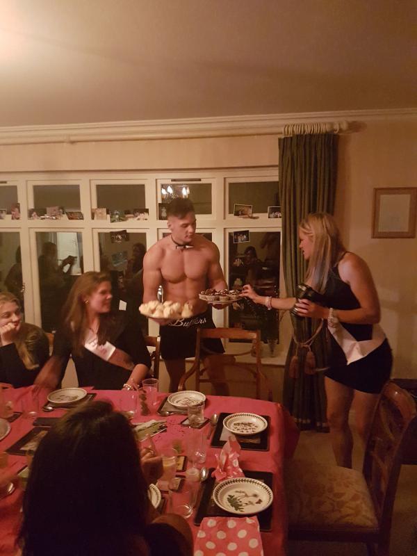 Naked Waiter - Bufflers