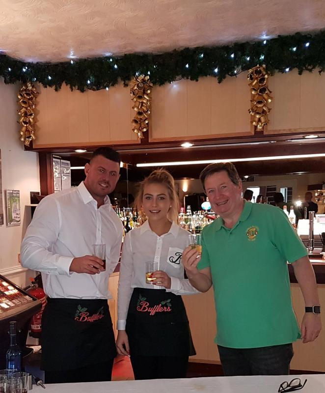 waiters and waitresses - uk & europe