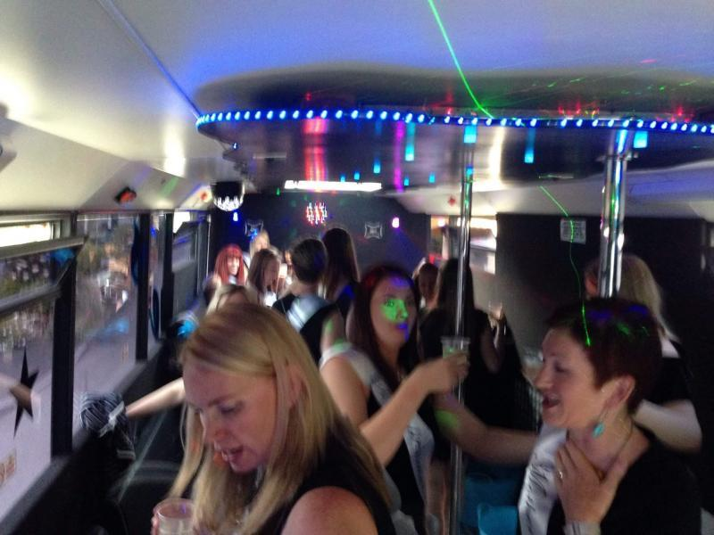 bus parties - bufflers entertainment